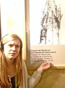 """Typical """"Berg Girl at a museum"""" expression"""